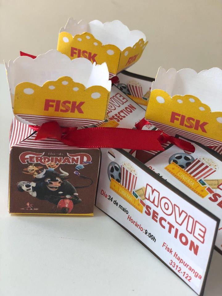 Fisk Itapuranga/GO - Watching Ferdinad and eating popcorn!