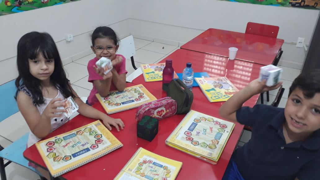 "Fisk Goiânia 2/GO - ""Playing and learning - Big Box 1"""