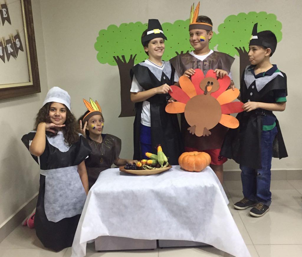 Fisk Tatuí/SP - Thanksgiving play at Fisk